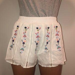 Forever 21 flowy flower shorts 💐🌷💐